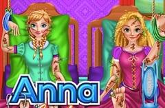 遊ぶアンナとラプンツェルの手術ゲーム