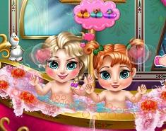 Baby Anna and Elsa Bath