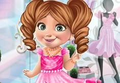 Baby Anna Xmas Dress Up