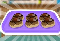 Chocolate Srawberry Cream Puffs