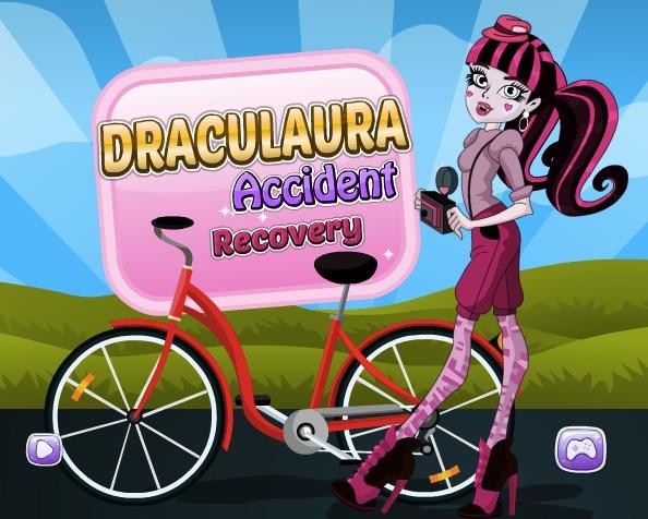 Draculaura Bike Accident