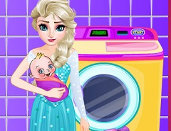 Elsa and her Baby Washing Clothes