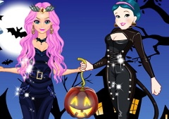Elsa and Snow White Halloween Dress Up
