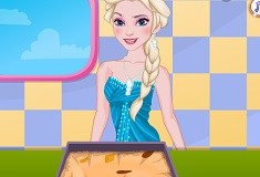 Elsa Cooking Spicy Fruit and Apple Cake