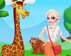 Elsa Happy Time in Zoo