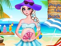 Elsa Pregnant  at The Beach