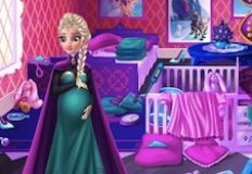 Elsa Surprise Pregnancy