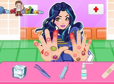 Evie Hand Doctor