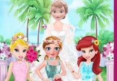 Flower Girls on Elsa Wedding