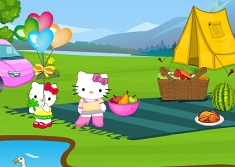Hello Kitty Family Picnic