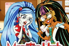 Mad Science Lab Cleo and Ghoulia