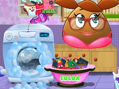 Pou Girl Washing Clothes 2