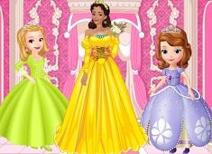 Queen Miranda Royal Dress Up