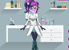 Sci Twi Dress Up