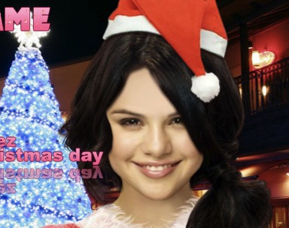 Selena Gomez Xmas Dress Up