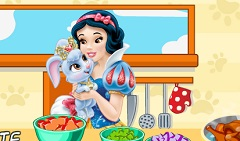 Snow White and Pet Making Soup