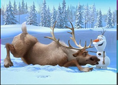Sven and Olaf Playing Puzzle