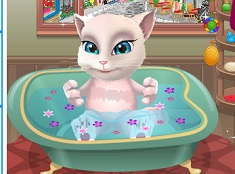 Talking Angela Baby Bath