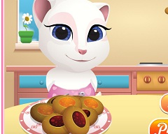 Talking Angela Baby Cooking
