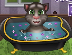 Talking Tom Baby Bath