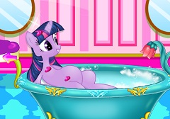 Twilight Sparkle Pregnant Spa