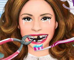 Violetta at the Dentist