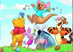 Winnie and Friends Playing Puzzle
